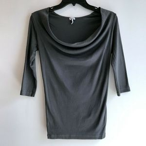 Splendid soft knit 3/4 sleeved cowl-neck top XS